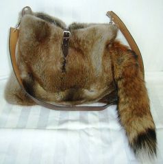 A fur bag made of the grey fox -- Kuerschner 2011